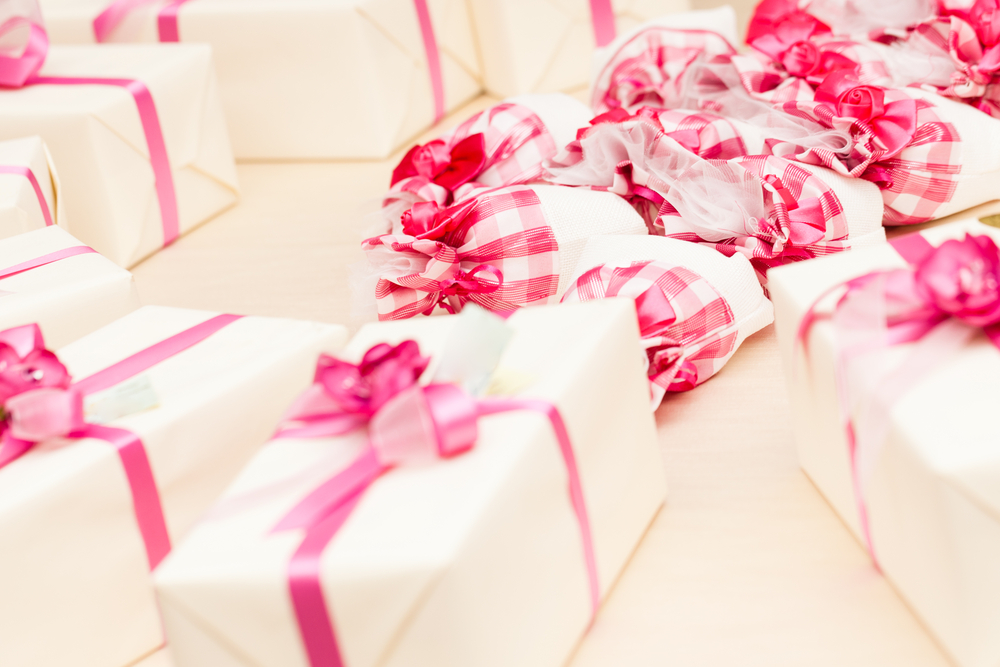 pink party favor boxes